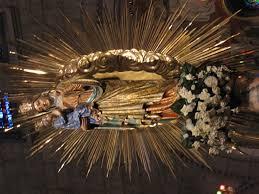 robe de la mã re du mariã iconographie chrétienne sainte mère de la très sainte