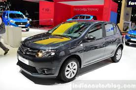 renault sandero stepway 2015 2016 dacia sandero spotted testing for the first time
