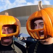 steelers halloween all 32 nfl teams as halloween candy bleacher report
