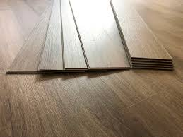 what color of vinyl plank flooring goes with honey oak cabinets vinyl flooring that looks like wood