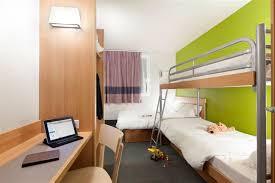 chambre 4 personnes hôtel pour familles découvrez nos chambres 4 personnes à nantes