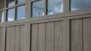 fatezzi faux wood garage doors 20 parasta ideaa pinterestissä martin garage doors pergola