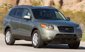 hyundai santa fe 2009 2009 hyundai santa fe review reviews car and driver