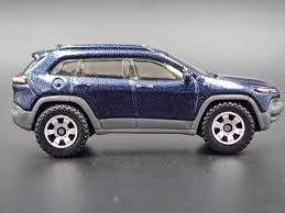 toy jeep cherokee 2014 jeep cherokee trailhawk rare 1 64 limited edition die cast