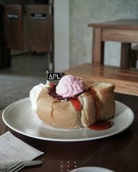 api cuisine ช ช on strawberry toast by api จ แพร ขนมป งน มด สตรอ