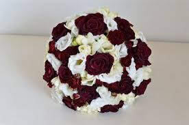 wedding flowers ta wedding flowers ta s burgundy and white wedding flowers
