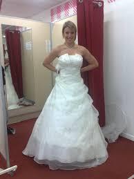 tati robe de mariage modele de robe de mariee chez tati votre heureux photo de