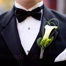 calla wedding boutonnieres