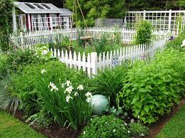 Garden Fence Ideas Design Fencing Ideas For Vegetable Gardens Useful Garden Fence To Protect
