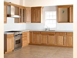 oak cabinets kitchen ideas oak cabinet kitchen ideas stunning find this pin and more on arts