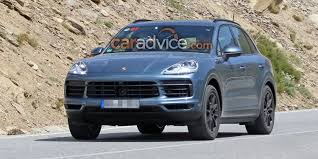 ugly porsche porsche cayenne spied with almost no camouflage