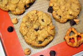 crispy chewy pretzel peanut butter and chocolate chip cookies