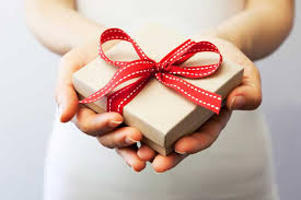 wedding gift etiquette uk 10 brilliant but affordable wedding gifts that costs less than
