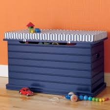 Diy Wooden Toy Box With Lid by Best 10 Kids Toy Chest Ideas On Pinterest Kids Toy Boxes