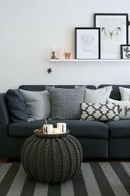 coussin pour canapé gris les coussins design 50 idées originales pour la maison archzine fr