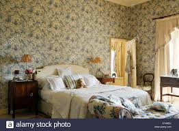 Floral Chaise Toile De Jouy Wallpaper In Bedroom With Floral Patterned Chaise