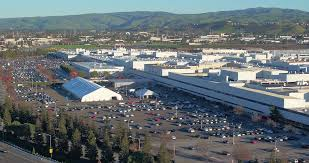 tesla factory establishing shot of tesla corporate headquarters in silicon