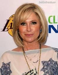 20 short hair styles for women over 40 bob hairstyles
