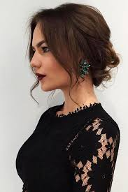 lady neck hair love messy side bun wanna give your hair a new look messy side