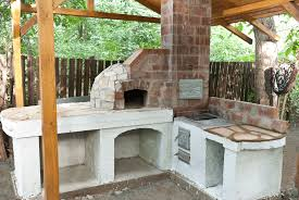Diy Backyard Pizza Oven by How To Build An Outdoor Pizza Oven Howtospecialist How To