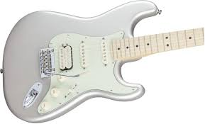 fender deluxe stratocaster hss maple fingerboard blizzard pearl