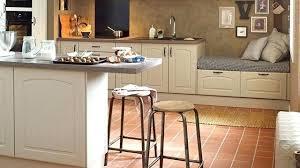 relooker credence cuisine revetement meuble cuisine credence cuisine imitation carrelage 10