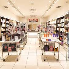 trade secrets devonshire mall 15 photos hair salons 3100