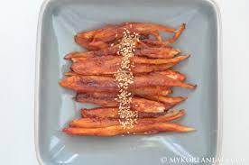 cuisine bonnet duduk gui 더덕구이 pan fried bonnet bellflower root food
