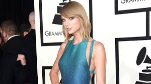 taylor swift tracked down a fan at the grammys and brought her