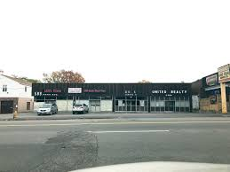 Lill Overhead Doors 589 Park Avenue Retail Space For Lease In Worcester Ma