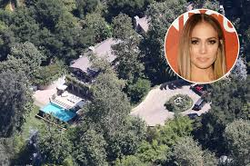 Oprah Winfrey Homes by Celebrity Homes See Where Jennifer Lopez Oprah Winfrey And More