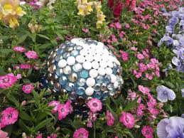 Gazing Ball Pedestals Glass Gazing Balls Pretty Glass Pinterest Gardens Garden Ball Idea