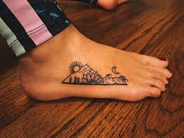 picture of funny tattoo on the foot