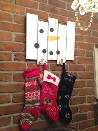 pallet stocking hanger my diy projects pinterest stocking