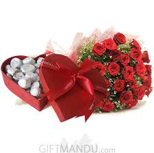 heart chocolate box heart chocolate box with 30 roses bunch send gifts to
