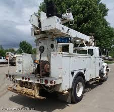 2005 international durastar 4300 service truck with crane