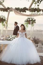 Off The Shoulder Wedding Dresses Delicate Tulle Lace Appliques 2016 Wedding Dress Off The Shoulder