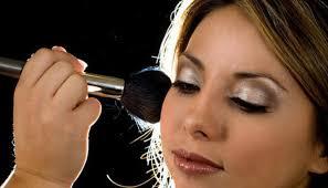 find makeup artists 7 easy ways to find freelance makeup artist