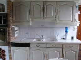 fond blanc en cuisine cuisine aprés fond blanc patiné vieilli au baton huile ombre