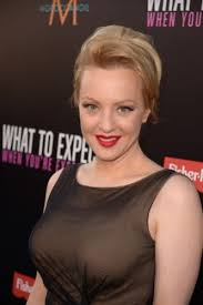 how to style 80 s hair medium length hair 10 divine wendi mclendon covey hairstyles no 80s hairstyles here