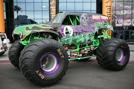monster truck show boston sema 2015 digger on bkts