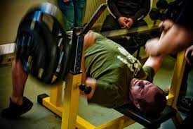 A Good Bench Press Weight 7 Tips For Your Next Bench Press Competition Breaking Muscle