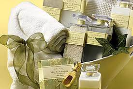 gift baskets wholesale gifts and bath wholesalers giftbaskethelp giftbaskethelp