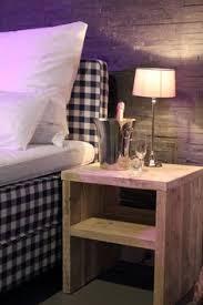 Touch Le Nachttisch Sur La Façon De Construire Une Table De Chevet Avec Des
