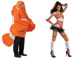 comparing male and female halloween costumes 22 pics pleated jeans
