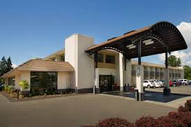 Airport Hotels Become More Than A Convenient Pit Hotel In Seattle Best Seattle Airport Hotel Book Now