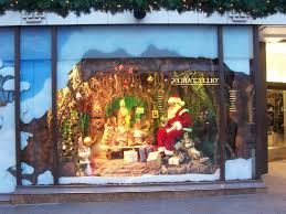 christmas window decorations lighted