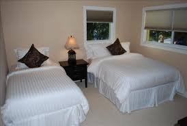two bed bedroom ideas one headboard two twin beds great for a guest bedroom ideas double