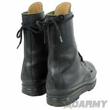 s army boots uk swiss army surplus combat boots buy at goarmy co uk