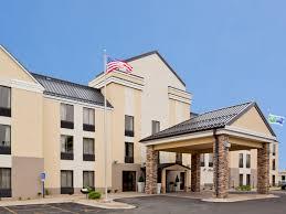 holiday inn express u0026 suites cedar rapids i 380 33rd ave hotel